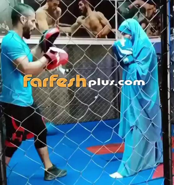 صورة رقم 1 - فيديو: فتاة محجبة تلاكم شابا بمهارة.. لم يمنعها حجابها من الرياضة