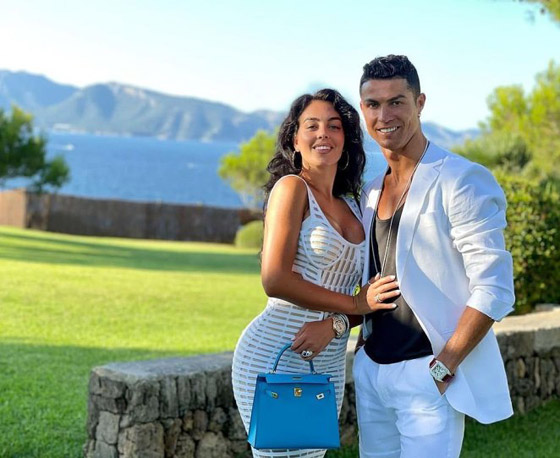صورة رقم 1 - صور: منزل رونالدو الأغلى فيي  البرتغال: مع جيم، بركة سباحة ومنتجع صحي خاص!