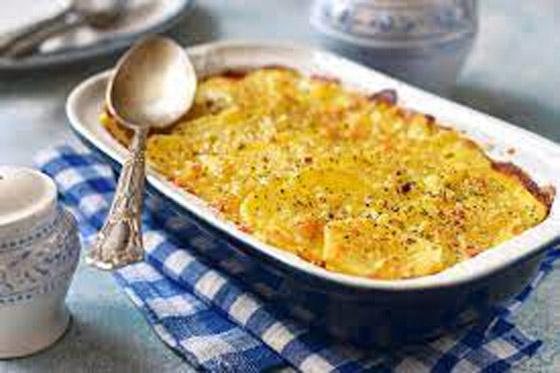 صورة رقم 7 - مهروسة بالجبن والثوم أو مطهية بطاجن في الفرن.. وصفات مختلفة ستعيد اكتشافك للبطاطس بالمطبخ