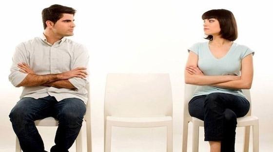 صورة رقم 3 - الشعور بالدونية أمام الشريك يدمر الحياة الزوجية