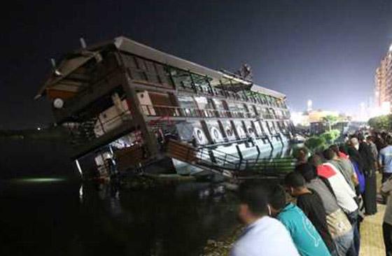 صورة رقم 6 - فيديو فاجعة المنصورة: غرق مركب عائم بالنيل أثناء تناول العشاء
