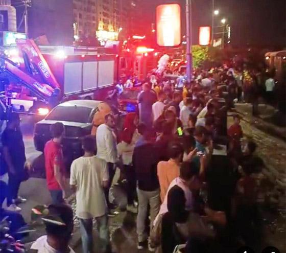 صورة رقم 3 - فيديو فاجعة المنصورة: غرق مركب عائم بالنيل أثناء تناول العشاء