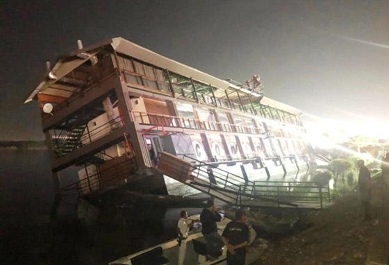 صورة رقم 1 - فيديو فاجعة المنصورة: غرق مركب عائم بالنيل أثناء تناول العشاء