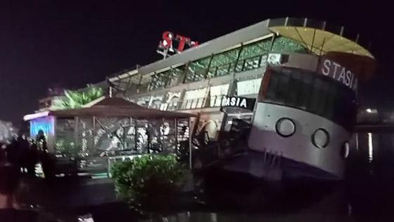 صورة رقم 13 - فيديو فاجعة المنصورة: غرق مركب عائم بالنيل أثناء تناول العشاء