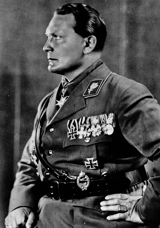 صورة رقم 4 - قبل بن لادن.. هكذا خطط هتلر لمهاجمة نيويورك بالطائرات