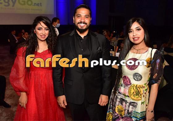 صورة رقم 6 - الفائزين بحفل الدير جيست: منى زكي أفضل ممثلة وأحمد سعد أفضل مغني شعبي