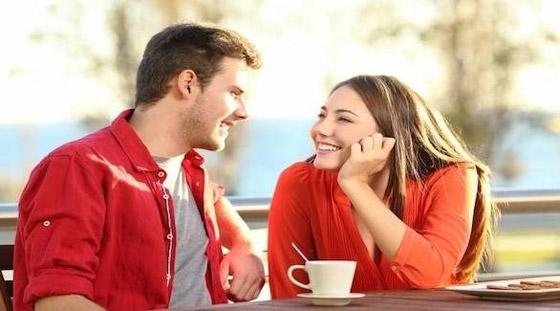 صورة رقم 4 - 5 فوائد للارتباط بشريك مولع بالقهوة