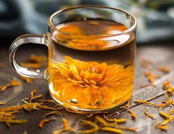 صورة رقم 4 - بالصور: تعرفوا إلى 10 زهور يمكنكم تناولها!