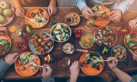 دراسة: الإفراط في تناول الطعام لا يسبب دائما زيادة في الوزن صورة رقم 2