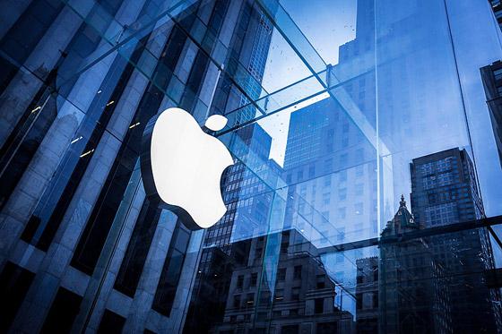 آبل ستصبح أول شركة بالعالم قيمتها 3 تريليونات دولار.. والسبب آيفون 13 صورة رقم 8