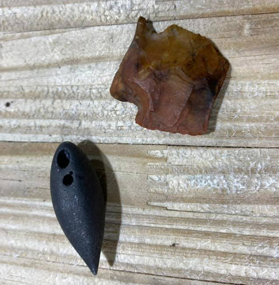 صورة رقم 3 - صور: صياد أمريكي يعثر على معدات عمرها آلاف السنين في بطن تمساح