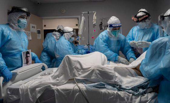 صورة رقم 3 - فيديو: ما الذي يحدث لمصاب بفيروس كورونا قبل أن يلفظ أنفاسه الأخيرة؟