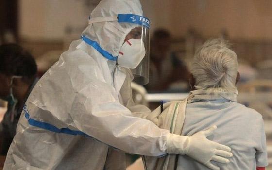 صورة رقم 8 - فيديو: ما الذي يحدث لمصاب بفيروس كورونا قبل أن يلفظ أنفاسه الأخيرة؟