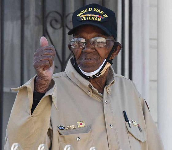 صورة رقم 10 - آخر جندي شارك بالحرب العالمية الثانية مازال على قيد الحياة بعمر 112