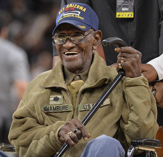 صورة رقم 12 - آخر جندي شارك بالحرب العالمية الثانية مازال على قيد الحياة بعمر 112