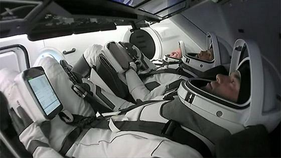 صورة رقم 9 - حدث تاريخي: إطلاق أول رحلة سياحية إلى الفضاء وعلى متنها مدنيون