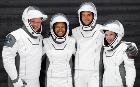 صورة رقم 18 - حدث تاريخي: إطلاق أول رحلة سياحية إلى الفضاء وعلى متنها مدنيون
