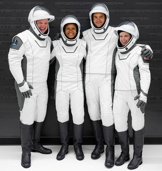 صورة رقم 3 - حدث تاريخي: إطلاق أول رحلة سياحية إلى الفضاء وعلى متنها مدنيون