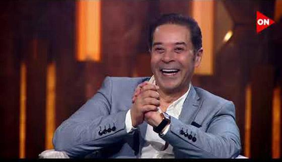 صورة رقم 12 - فيديو هاني شاكر يفج ر مفاجأة: عمرو دياب تنازل لي عن اغنية بتحبيه!