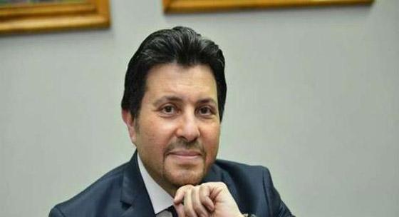 صورة رقم 6 - فيديو هاني شاكر يفج ر مفاجأة: عمرو دياب تنازل لي عن اغنية بتحبيه!