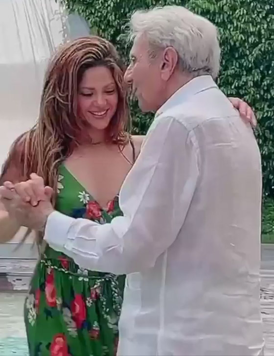 صورة رقم 1 - فيديو: شاكيرا ترقص مع والدها في عامه الـ90 وتشعل مواقع التواصل
