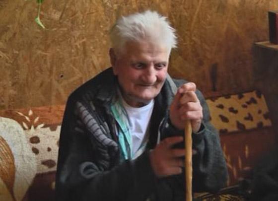 بعد 30 عاما على اختفائه وتأبينه يعود إلى بيته مرتديا نفس الملابس! صورة رقم 4