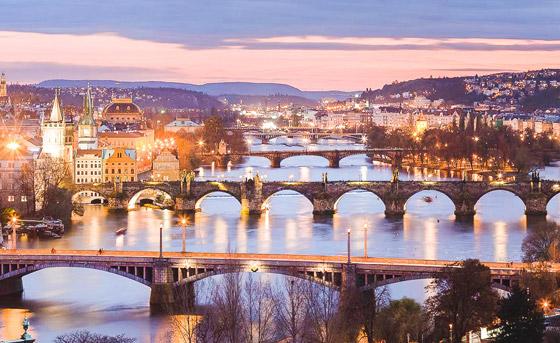 صورة رقم 10 - اختيار مدينة براغ السحرية كأجمل مدينة في العالم للعام 2021.. صور