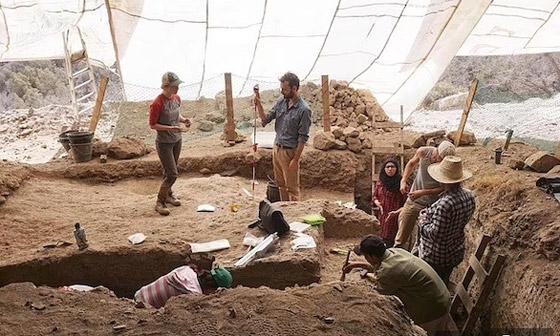 صورة رقم 3 - اكتشاف أقدم مجوهرات في العالم في كهف مغربي