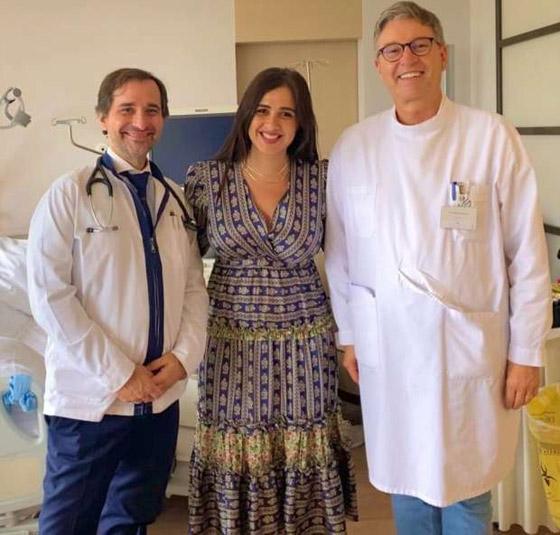 صورة رقم 1 - أول فيديو وصور ياسمين عبدالعزيز بعد عودتها من رحلة العلاج في سويسرا