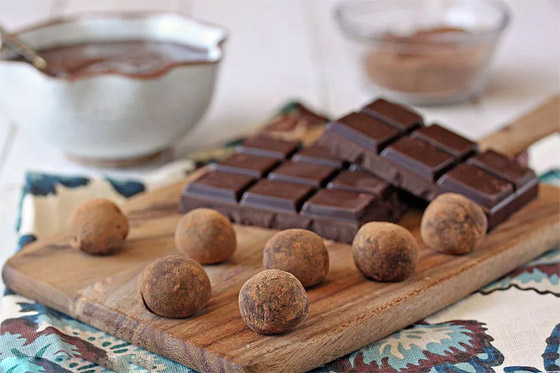 صورة رقم 17 - ليست البيضاء والداكنة والبندق فقط.. 10 أنواع شوكولاتة، هل تعرفها كلها؟