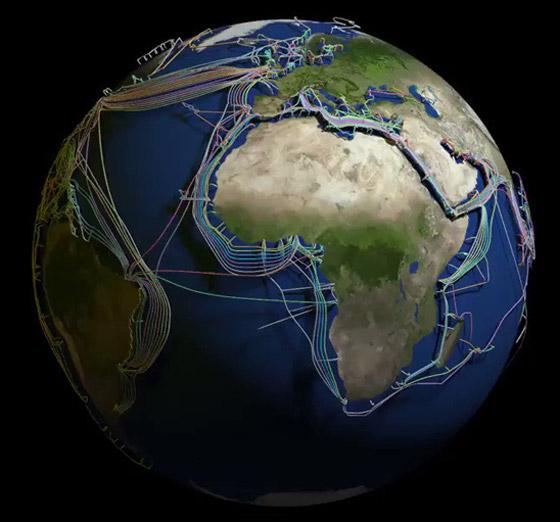 عالم غارق في الكابلات.. خارطة 3D مذهلة للكرة الأرضية! فيديو صورة رقم 1