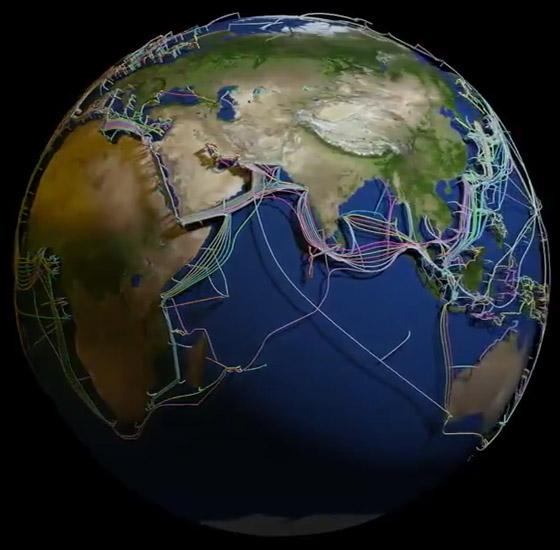 عالم غارق في الكابلات.. خارطة 3D مذهلة للكرة الأرضية! فيديو صورة رقم 7