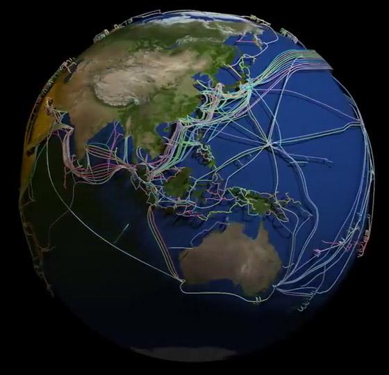 عالم غارق في الكابلات.. خارطة 3D مذهلة للكرة الأرضية! فيديو صورة رقم 8