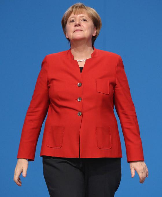 أنجيلا ميركل: أهم المحطات السياسية والمواقف المحرجة في مسيرة المستشارة الألمانية صورة رقم 14
