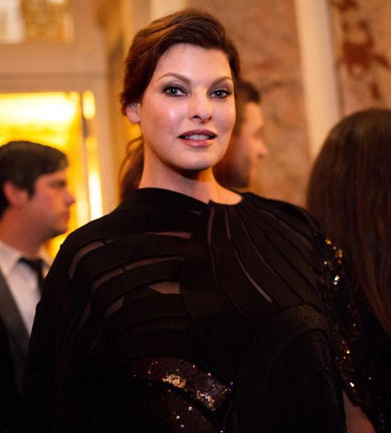 صورة رقم 15 - عارضة أزياء تطالب بـ50 مليون دولار تعويضا بعد تشوهها بعملية تجميل!