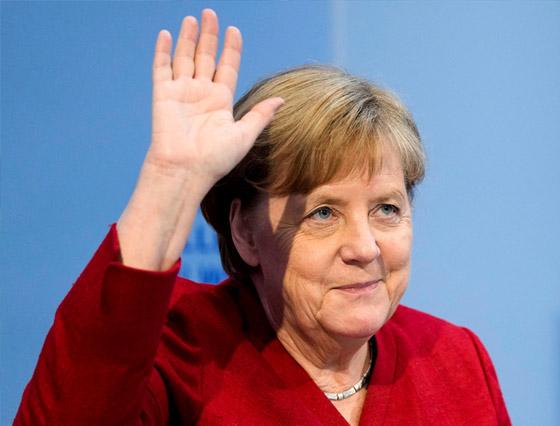 أنجيلا ميركل: أهم المحطات السياسية والمواقف المحرجة في مسيرة المستشارة الألمانية صورة رقم 7