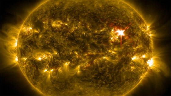 صورة رقم 4 - عاصفة شمسية كارثية قد تنهي العالم، والتحذير بشأنها قبل يوم واحد فقط!