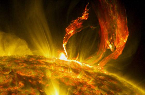 صورة رقم 7 - عاصفة شمسية كارثية قد تنهي العالم، والتحذير بشأنها قبل يوم واحد فقط!