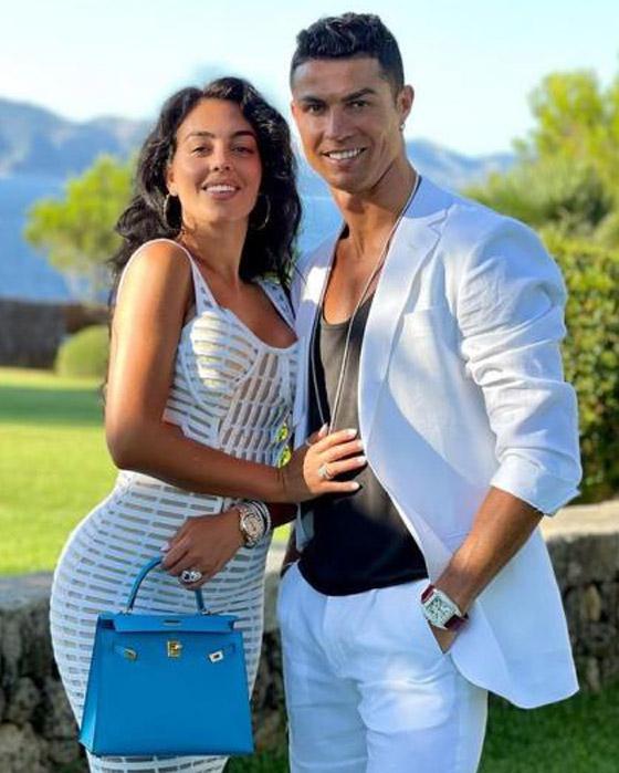 صورة رقم 11 - والدة كريستيانو رونالدو ترفض زواجه من جورجينا رودريغيز