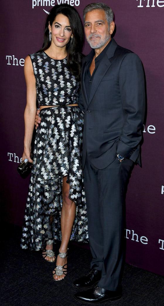 صورة رقم 6 - صور: أمل كلوني بإطلالة مذهلة في حفل افتتاح فيلم زوجها الجديد