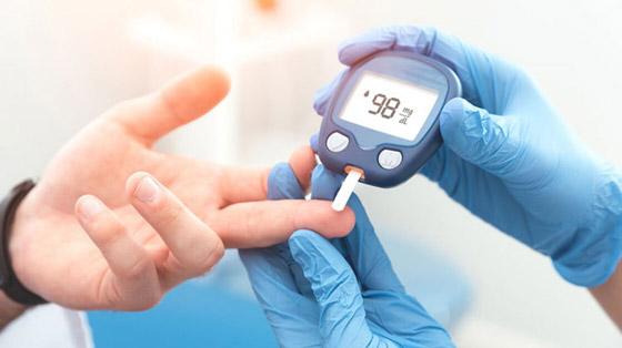 صورة رقم 4 - كوب من عصير الرمان يقلل من مستويات السكر في الدم خلال دقائق