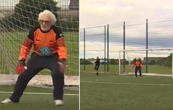 صورة رقم 9 - عجوز عمره 88 عاما لا يزال يلعب كحارس مرمى لفريق كرة قدم! فيديو