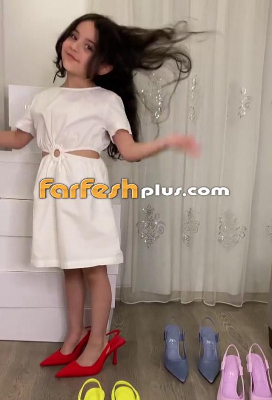 صورة رقم 7 - فيديو: حفيدة هيفاء وهبي تستعرض فساتينها على أغنية جدتها