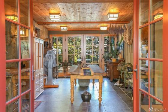 صورة رقم 4 - لسبب غريب.. أوبرا وينفري تبيع منزلها بـ 14 مليون دولار (صور)