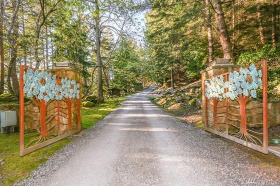 صورة رقم 8 - لسبب غريب.. أوبرا وينفري تبيع منزلها بـ 14 مليون دولار (صور)