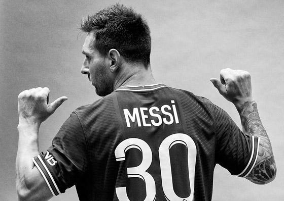 صورة رقم 14 - باريس سان جيرمان يتعاقد مع ميسي رسميا: عقده يمتد لعامين وسيحمل الرقم 30
