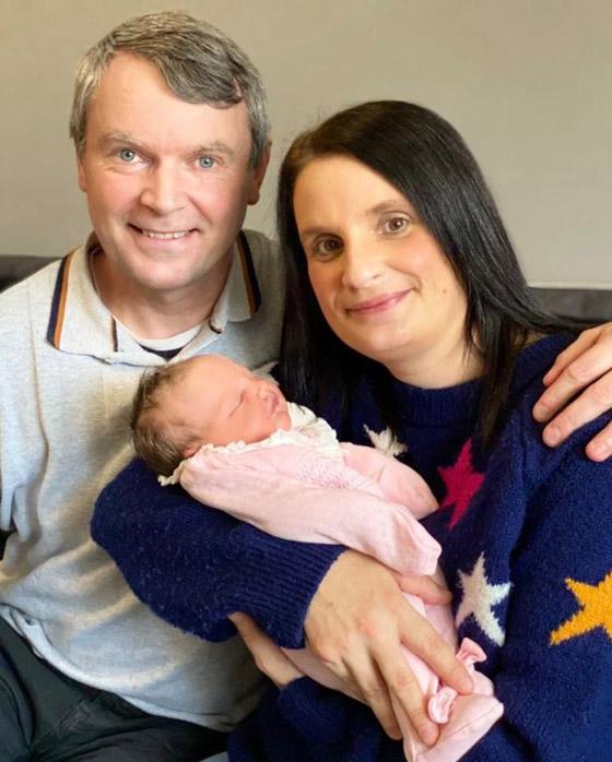 صورة رقم 17 - فيديو وصور: أم أكبر عائلة بريطانية (22 ولدا وبنتا) تروي أطرف وأصعب المواقف