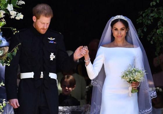 صورة رقم 5 - صور 10 عرائس شهيرات ارتدين فساتين زفاف جميلة وغريبة لا تنسى..