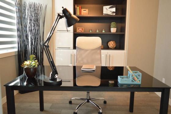 صورة رقم 3 - كيف تحصل على إضاءة جيدة لمكتبك المنزلي؟