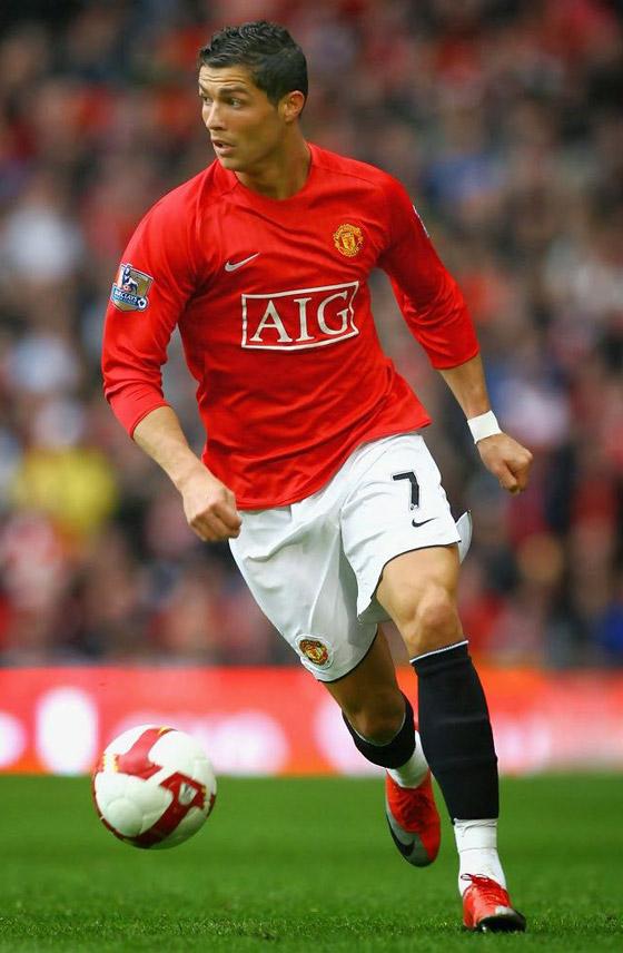 صورة رقم 10 - مانشستر يونايتد يُعلن رسميا عودة مع النجم البرتغالي كريستيانو رونالدو